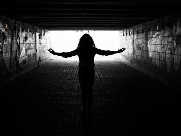 dreamstime_l_tunnel